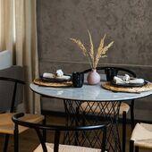 Kai reikia mažo, bet elegantiško ir išskirtinio stalo. Klientams siūlome stalo modelį - RETE 😍 #accantobaldai #baldai #stalas #valgomojostalas #valgomasis #virtuvė #virtuvesbaldai #tuttieduefurniture #namai #idejosnamams #ikvepimas #baldaiinternetu #interjeras #kėdės #jaukumas #jaukusnamai #modernusbaldai #modernusdizainas Interjero ir nuotraukų autorius: www.ntola.lt