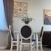 Jaukus, šviesus ir įkvepiantis interjeras! 🥰Kartu su valgomojo kėdėmis - TIMI. #accantobaldai #baldai #interjeras #moderniklasika #klasika #klasikiniaibaldai #baldudizainas #baldustilius #namai #jaukusnamai #jaukumas #šviesus #jaukus #ikvepiantis #kėdės #stalas #interjerodizainas #idejos #idejosnamams #ideja #namuideja #aksesuarai #interjerodetales