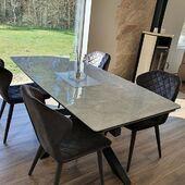 Ir dar viena puiki - ARTISTICO stalo nuotrauka 🥰 #accantobaldai #baldai #baldaiinternetu #stalas #valgomojostalas #valgomasisstalas #valgomasis #kėdės #pilkaspalva #namams #idejosnamams #ikvepimas #baldudizainas #baldustilius #dekoracijos #aksesuarai #interjerodetales #namudizainas #baldunaujienos