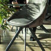 Tiesiog PUIKI💘👌Valgomojo kėdė - ALUMNA. #accantobaldai #baldai #baldusalonas #namams #idejosnamams #ikvepimas #dizainas #pilkaspalva #kėdė #jaukiemsnamams #jaukumas #aksomas #tuttieduefurniture #baldaiinternetu